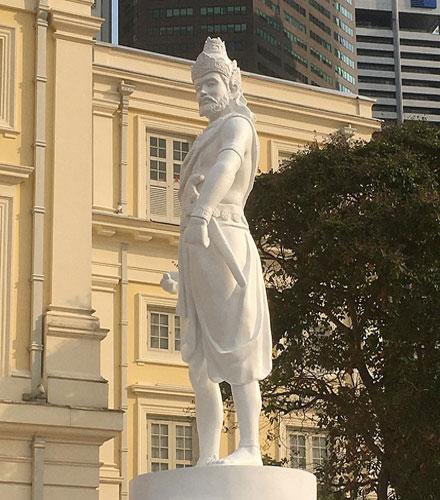 founder of singapore